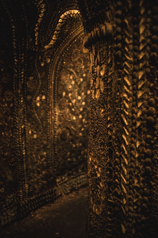 inside the Shell Grotto margate kent conde nast traveller 17aug17 David Babaian leica photography 540x810