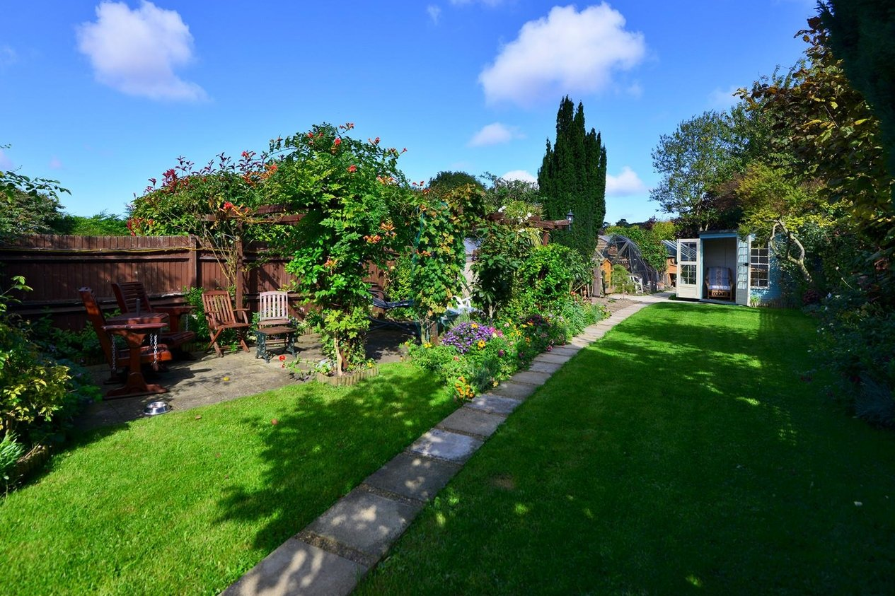 Properties For Sale in Acol Hill Acol