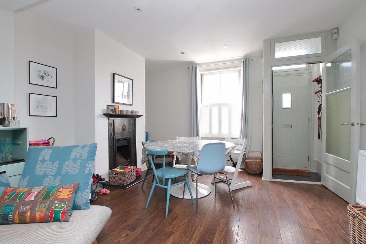 Properties Sold Subject To Contract in Albert Street