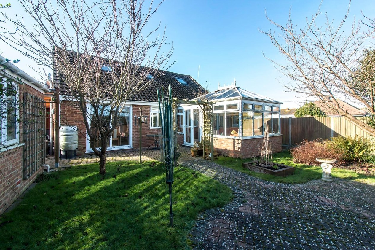 Properties Sold Subject To Contract in Alexandra Road Capel-Le-Ferne