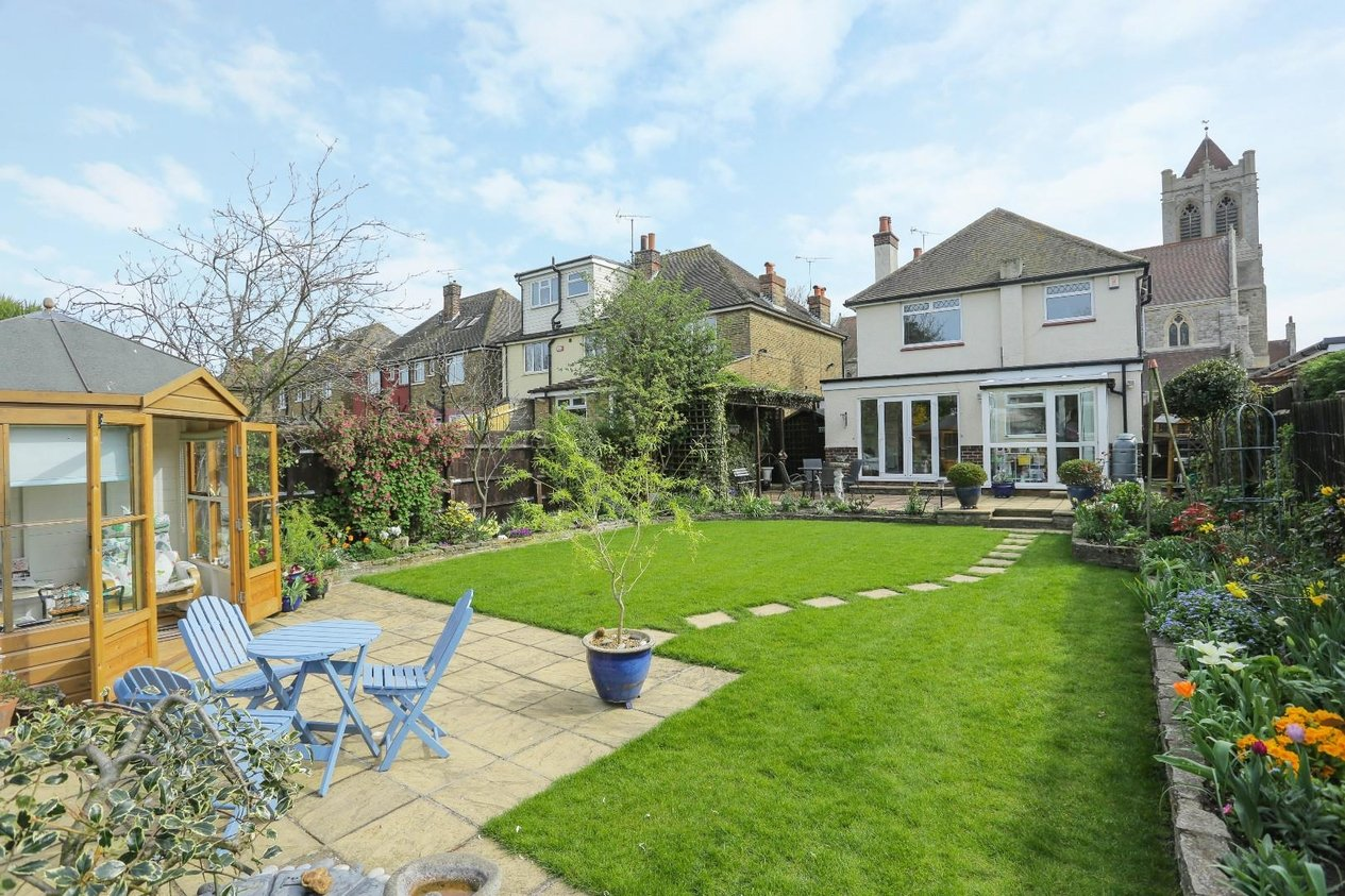 Properties For Sale in All Saints Avenue