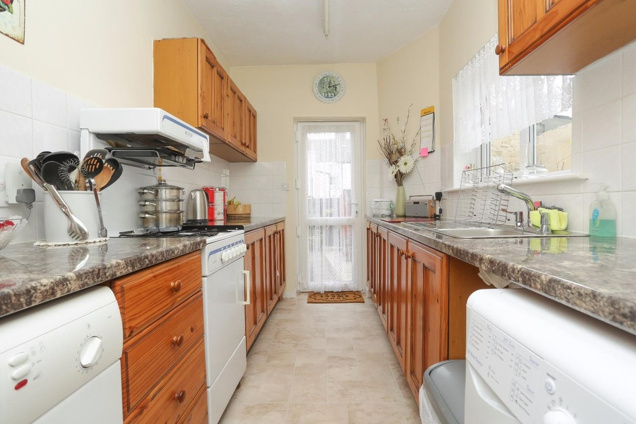 Properties Sold Subject To Contract in Alma Road