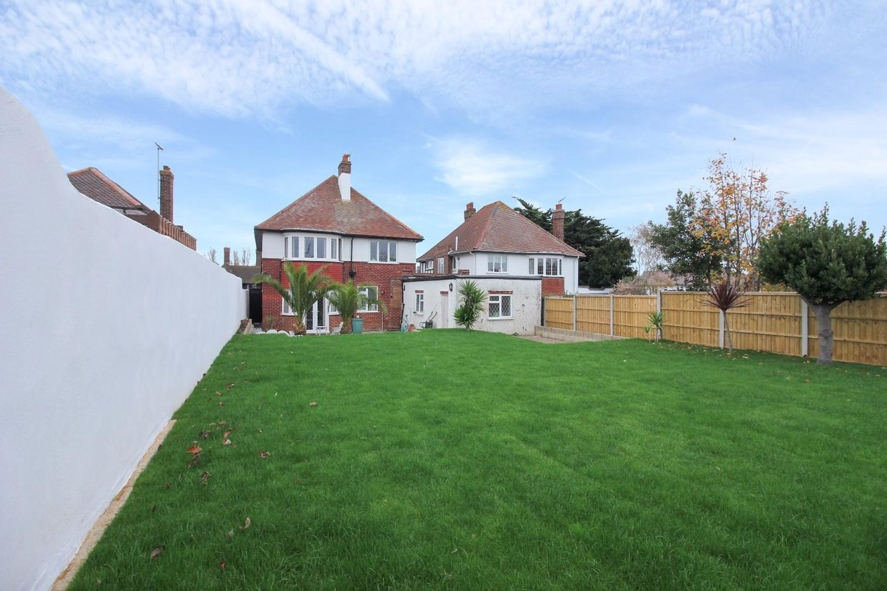 Properties For Sale in Avenue Gardens