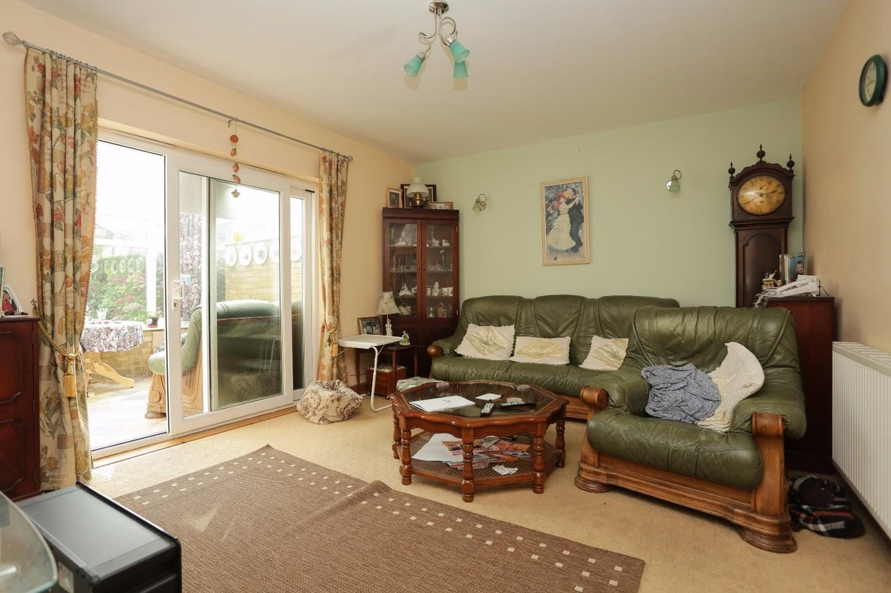 Properties For Sale in Dour Mews Balfour Road