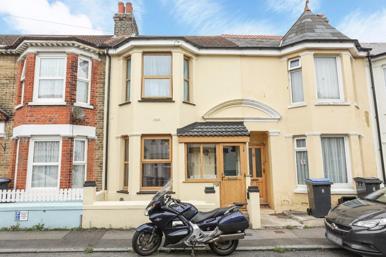 Properties Sold Subject To Contract in Balfour Road