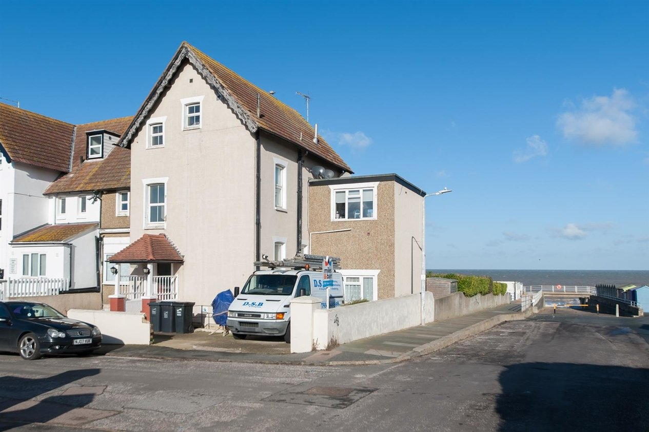 Properties Sold Subject To Contract in Beach Rise