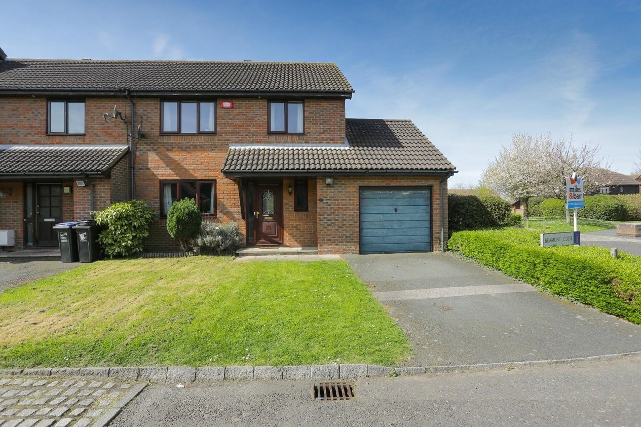 Properties Sold Subject To Contract in Beamont Close