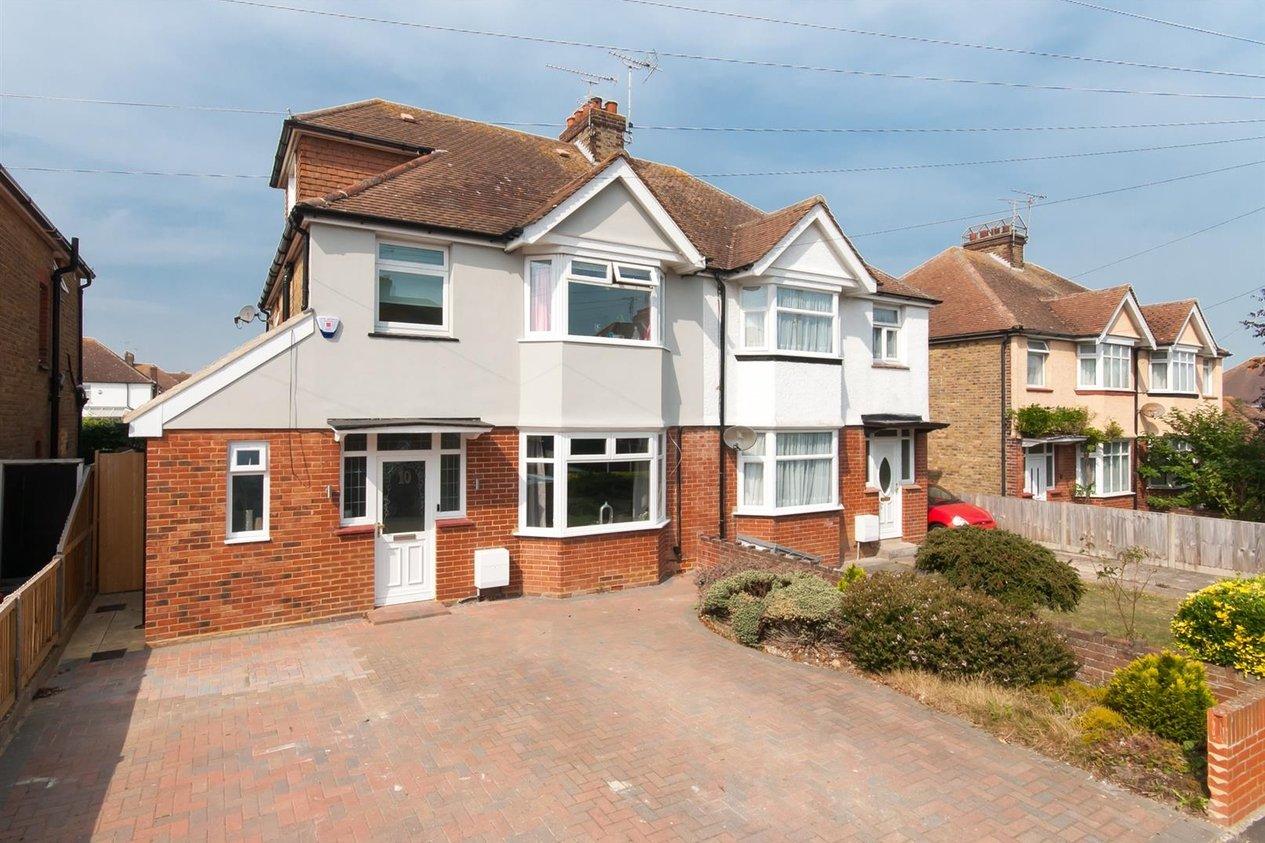 Properties Sold Subject To Contract in Boleyn Avenue