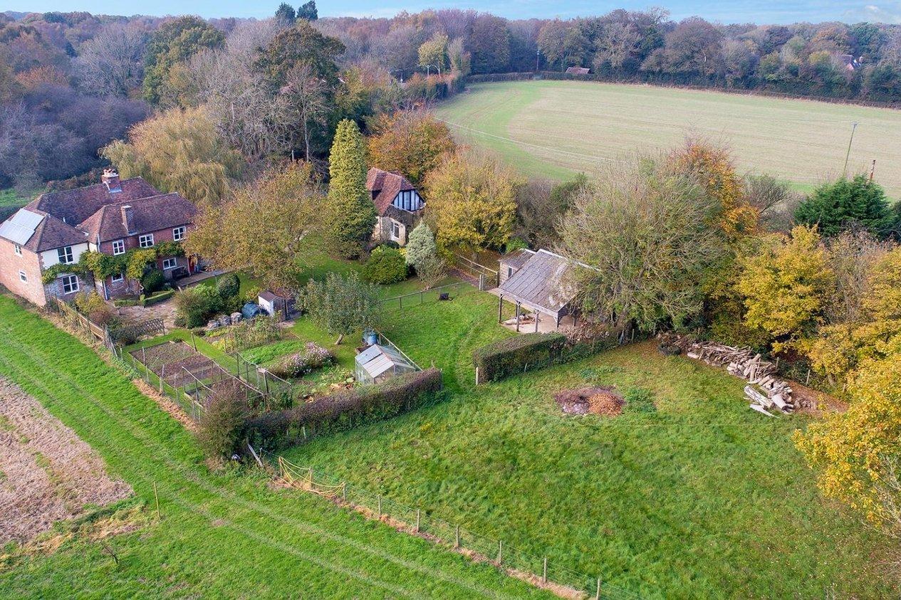 Properties For Sale in Bossingham Road Stelling Minnis
