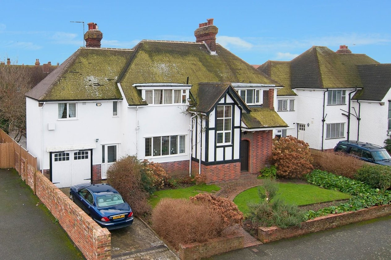 Properties For Sale in Bouverie Road West