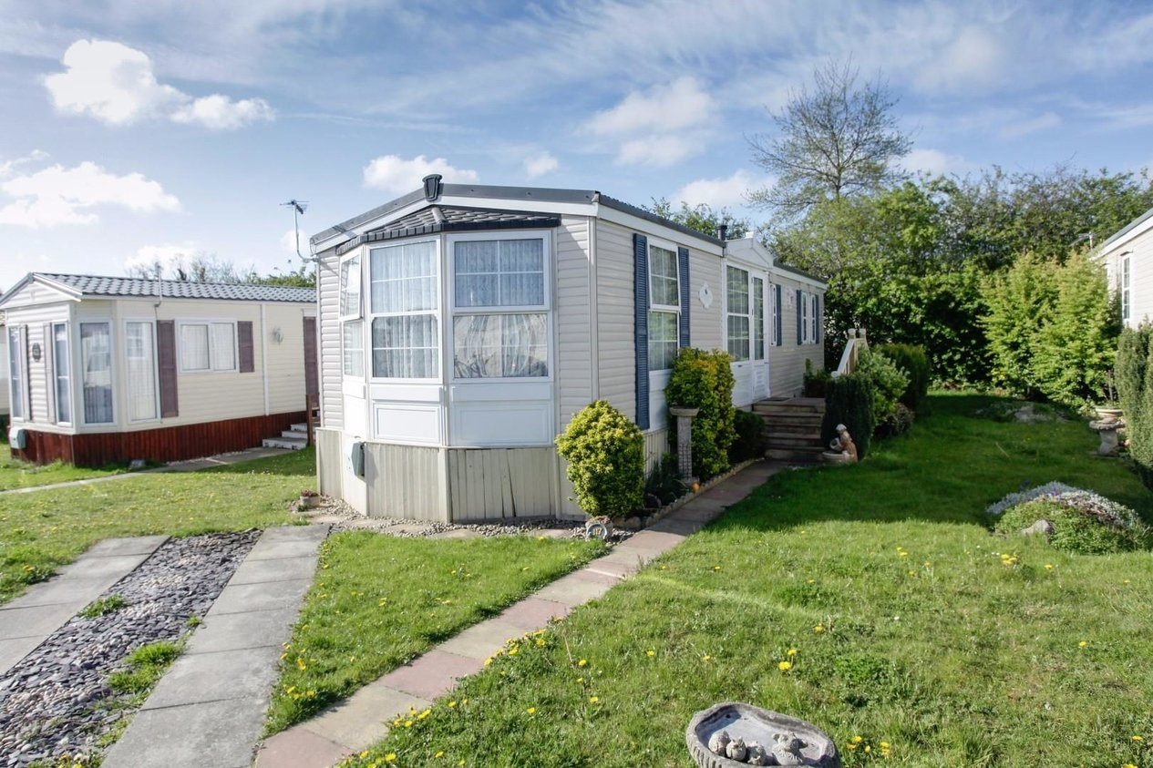 Properties Sold Subject To Contract in Bradgate Caravan Park Manston Court Road
