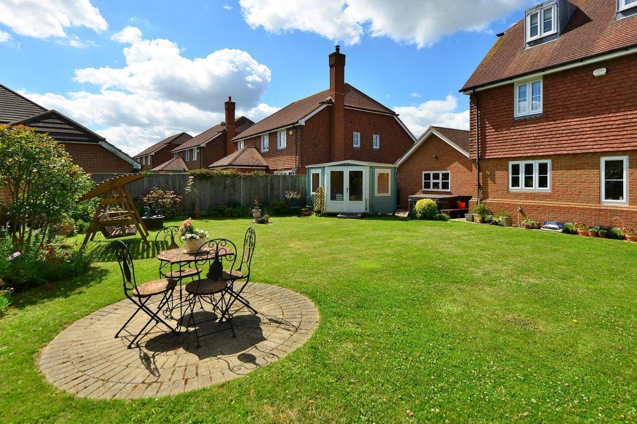 Properties For Sale in Bramley Gardens Broomfield