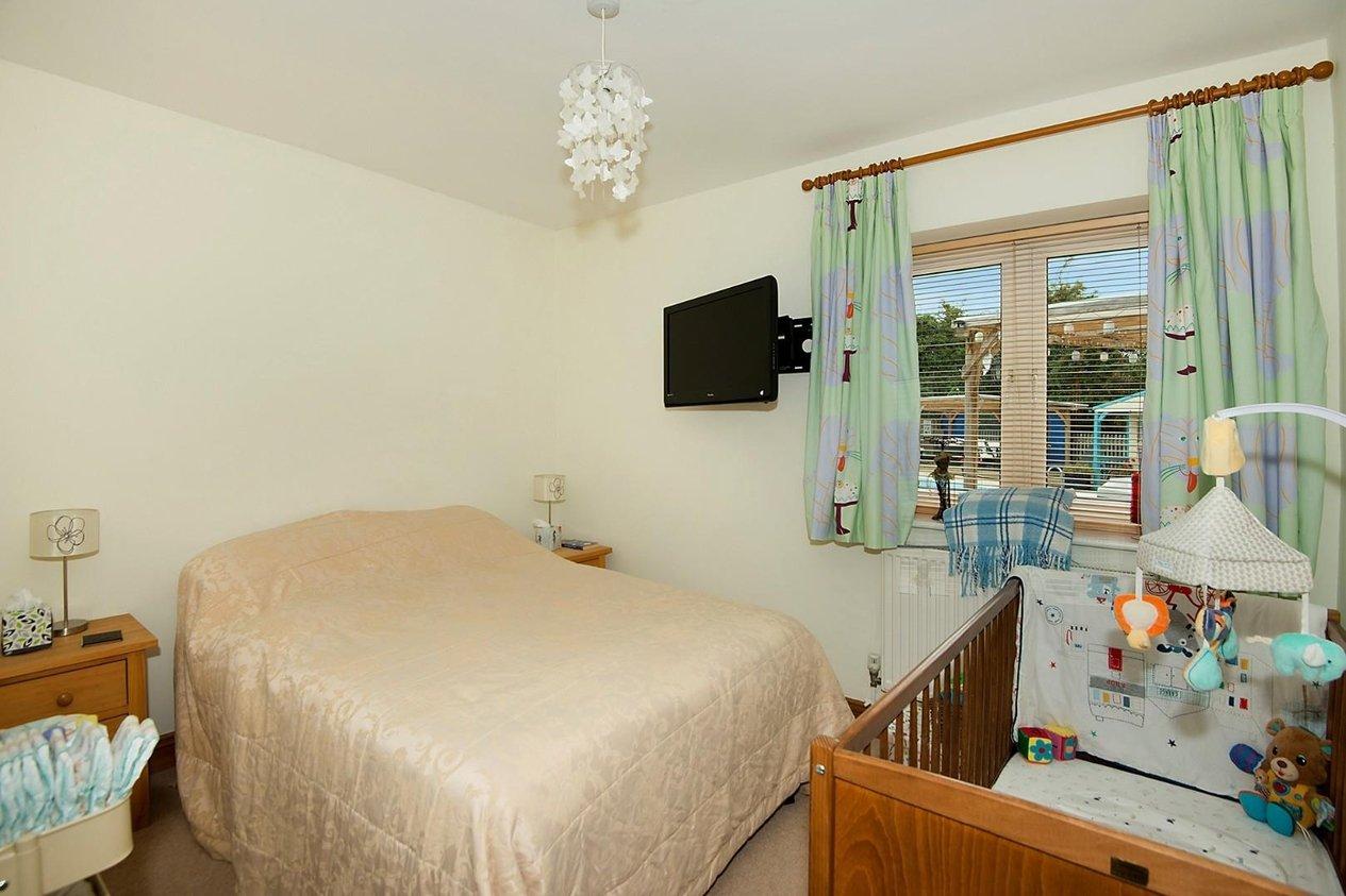Properties For Sale in Broad Lane Finglesham