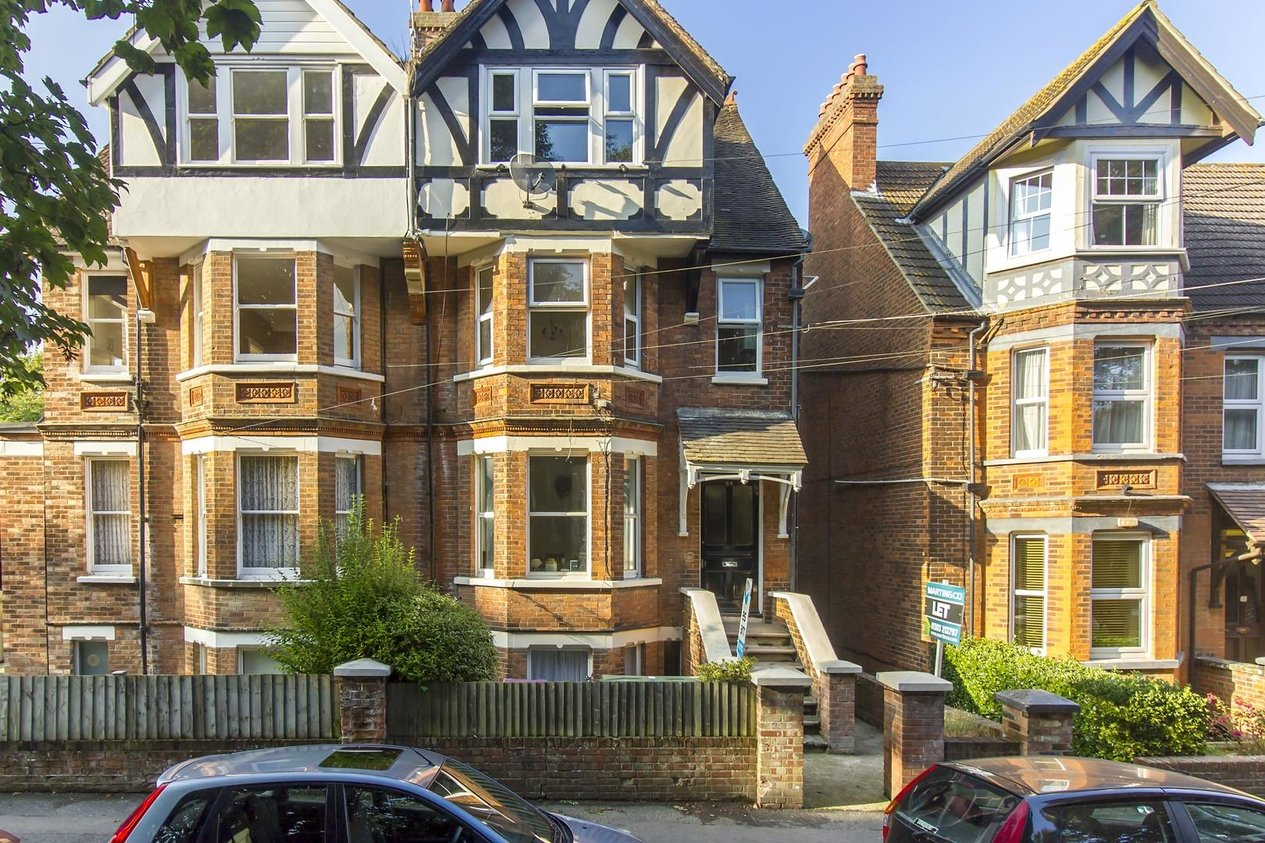 Properties Sold Subject To Contract in Broadmead Road
