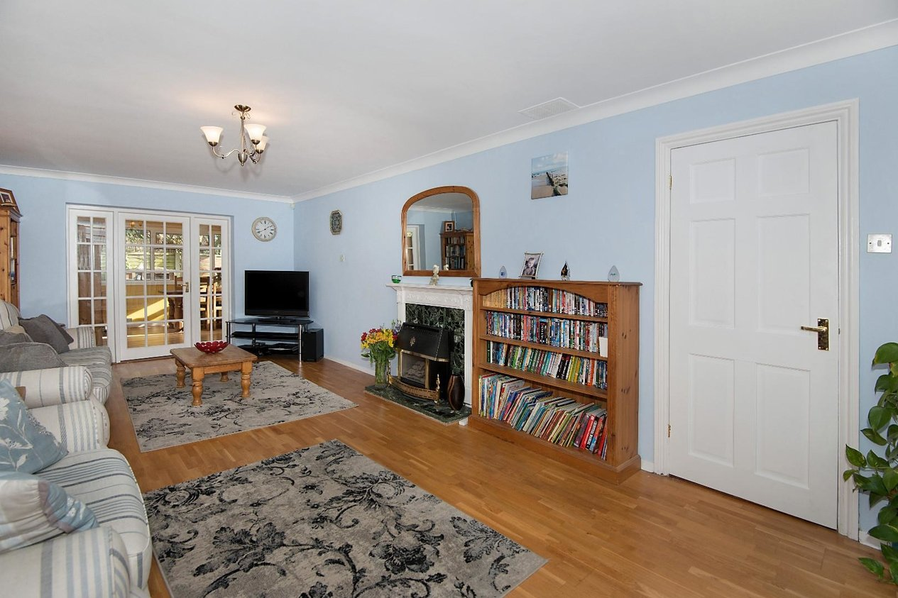 Properties Sold Subject To Contract in Burton Close