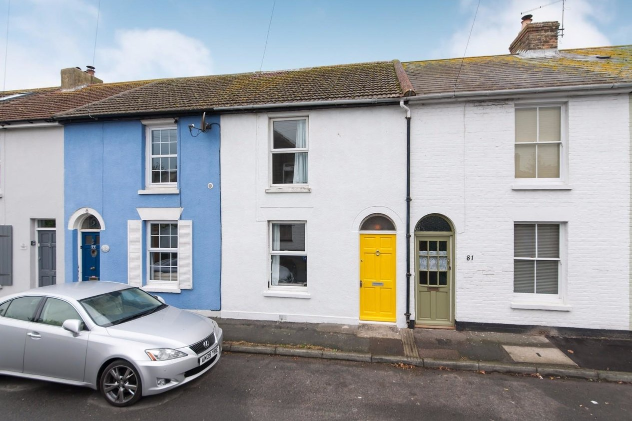 Properties Sold Subject To Contract in Campbell Road Walmer