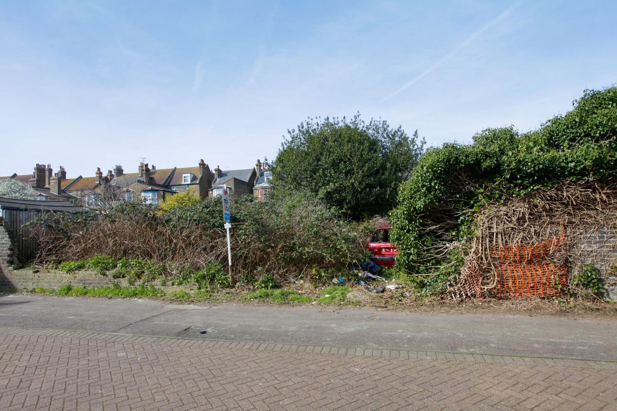 Properties For Sale in Cannon Road
