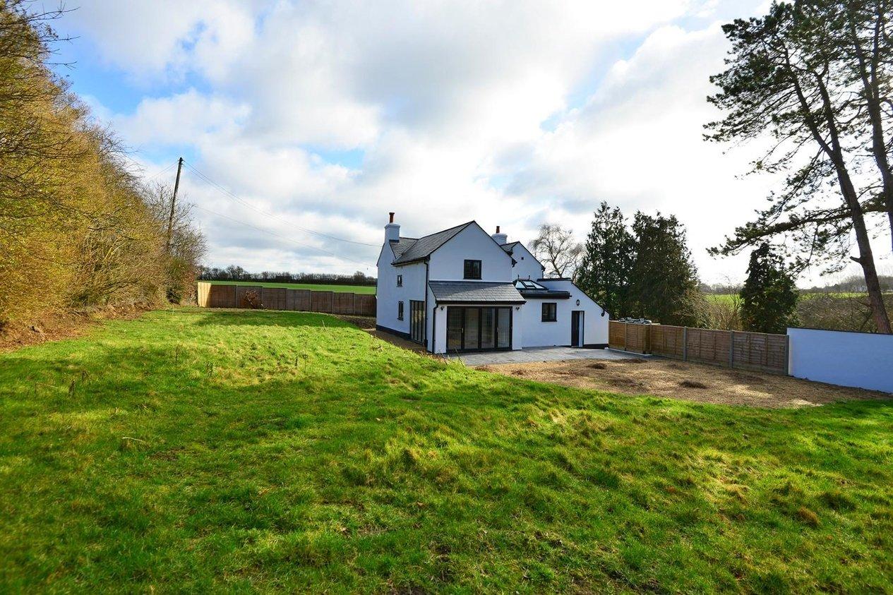 Properties For Sale in Canterbury Road Swingfield