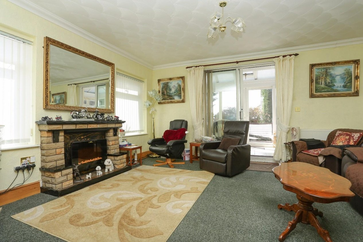 Properties For Sale in Canterbury Road West