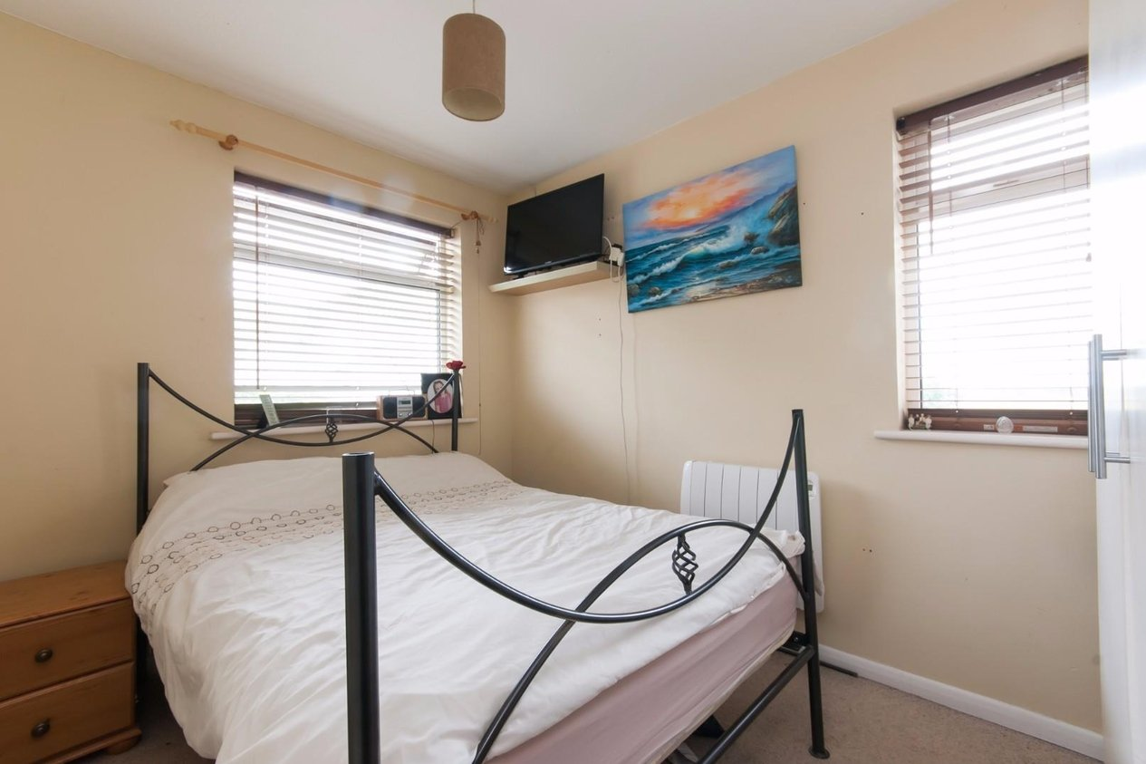 Properties Sold Subject To Contract in Canute Road