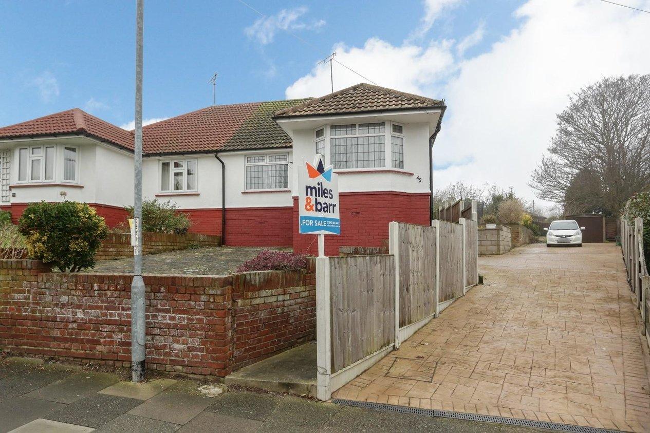 Properties For Sale in Carlton Avenue