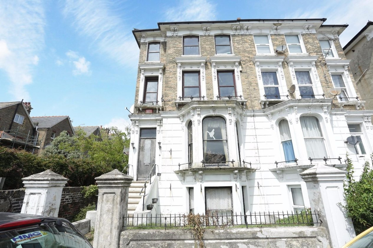 Properties Sold Subject To Contract in Carlton Avenue