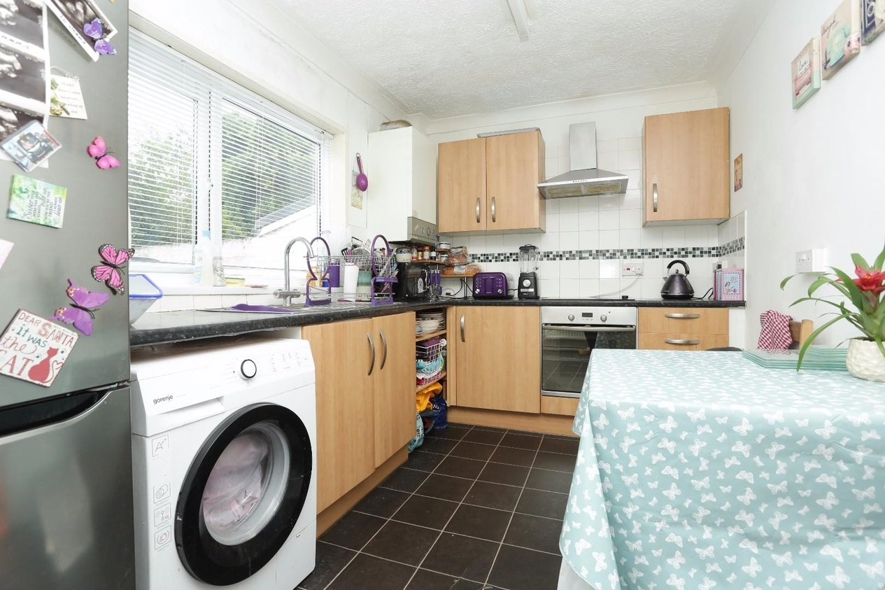 Properties Sold Subject To Contract in Chapel Road