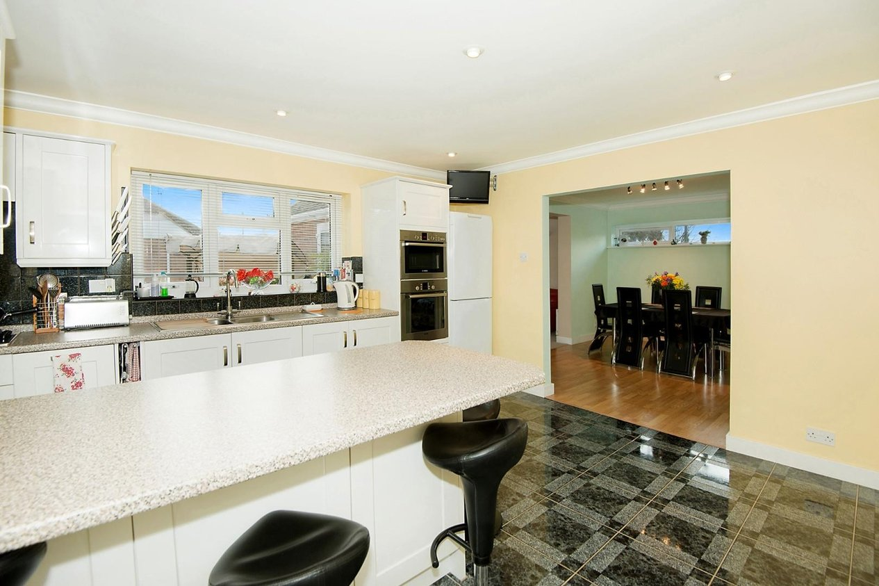 Properties For Sale in Chaucer Close