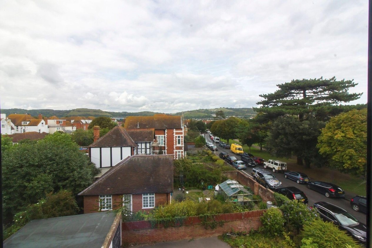 Properties For Sale in Cheriton Road