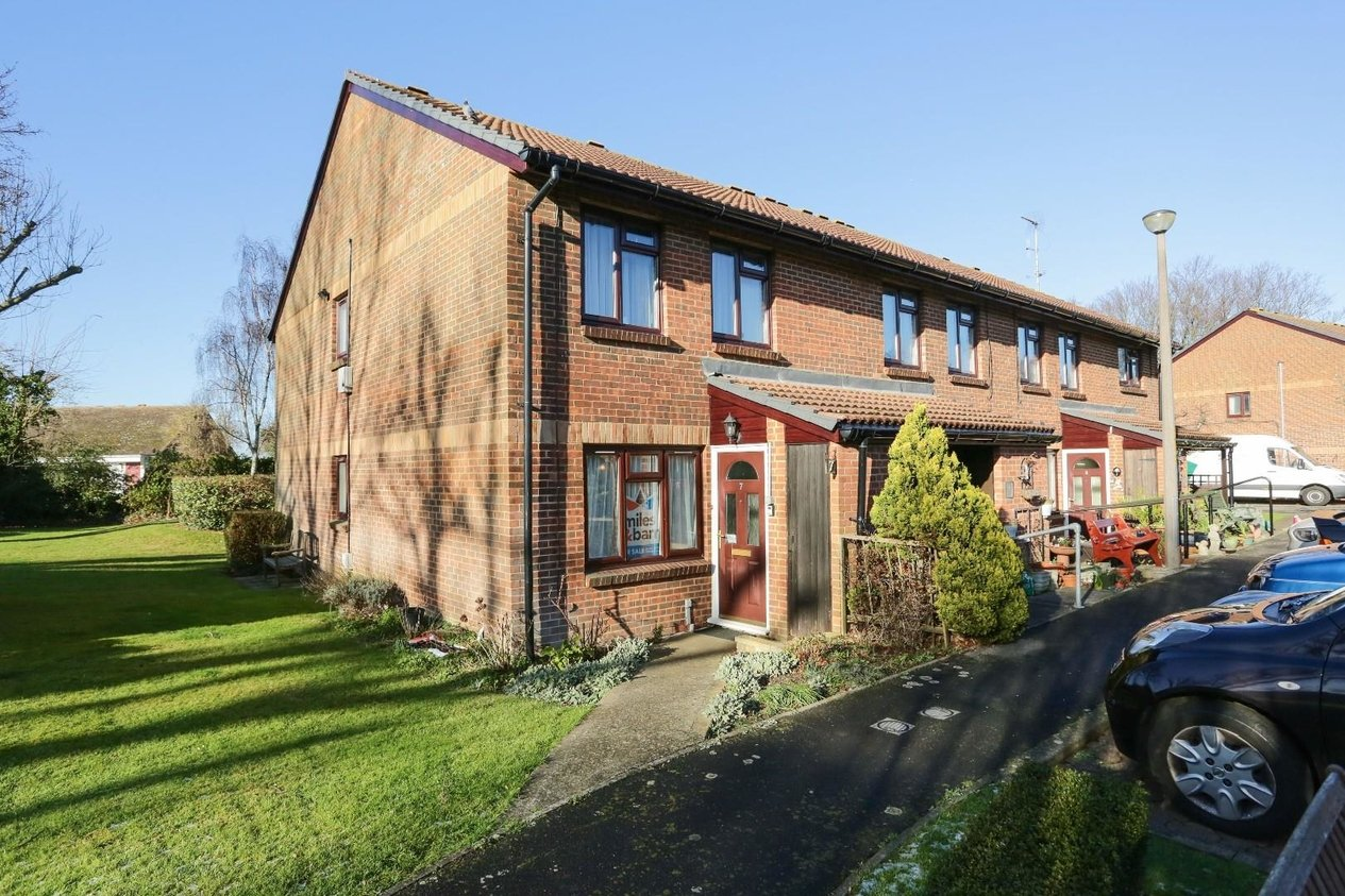 Properties Sold Subject To Contract in Church Court Grove