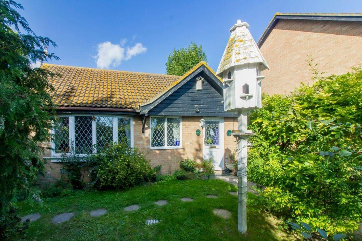 Properties For Sale in Churchill Close