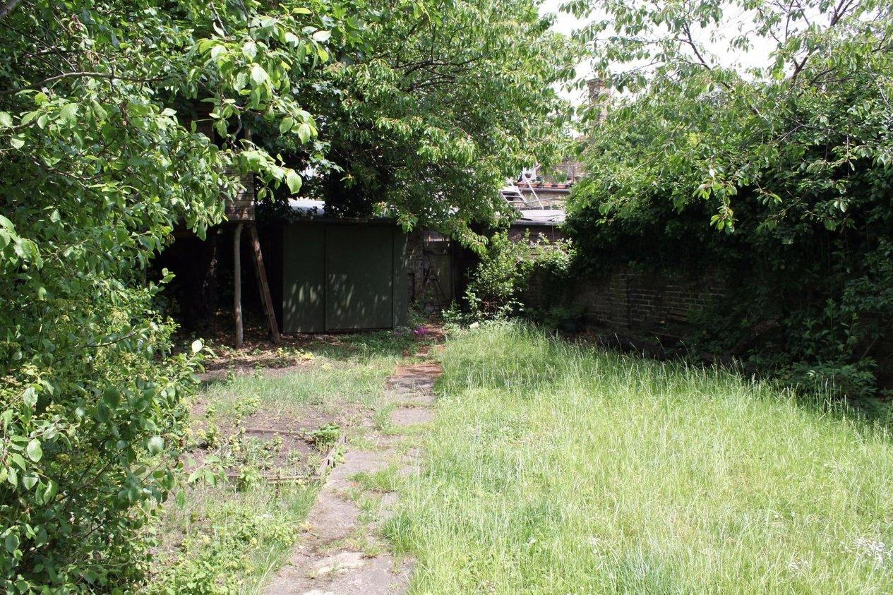 Properties For Sale in Clarendon Road