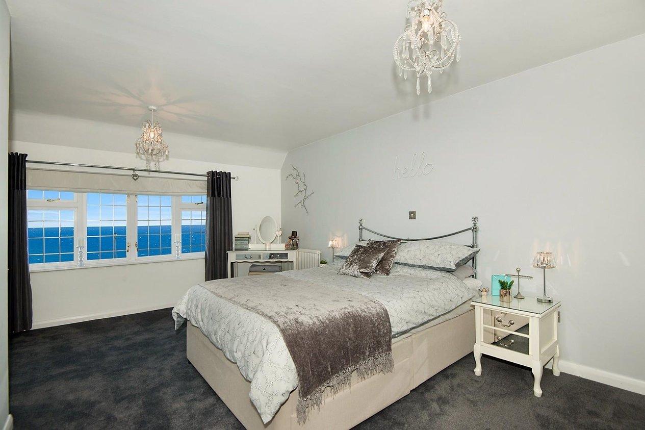 Properties For Sale in Cliff Promenade