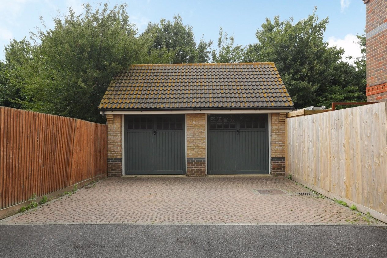 Properties Sold Subject To Contract in Cornelis Drive