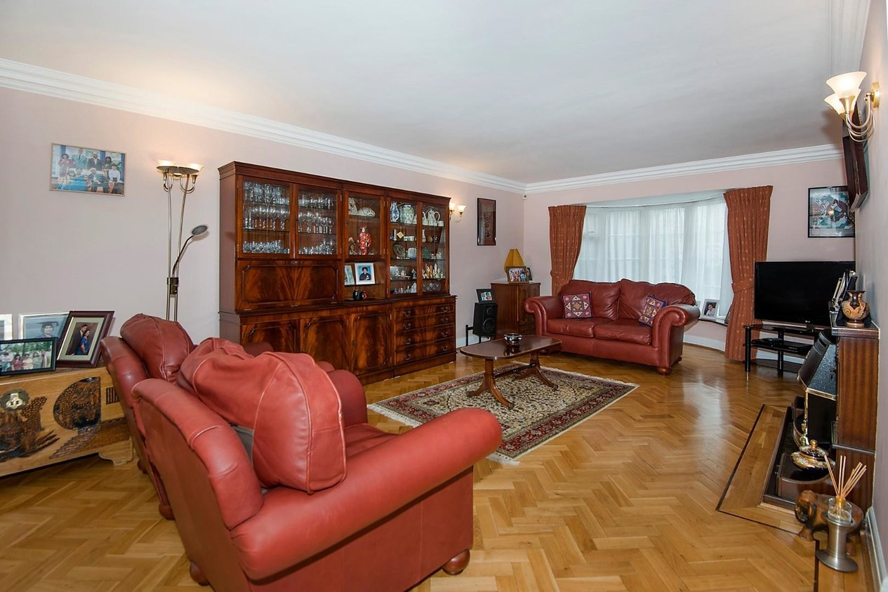 Properties For Sale in Corone Close