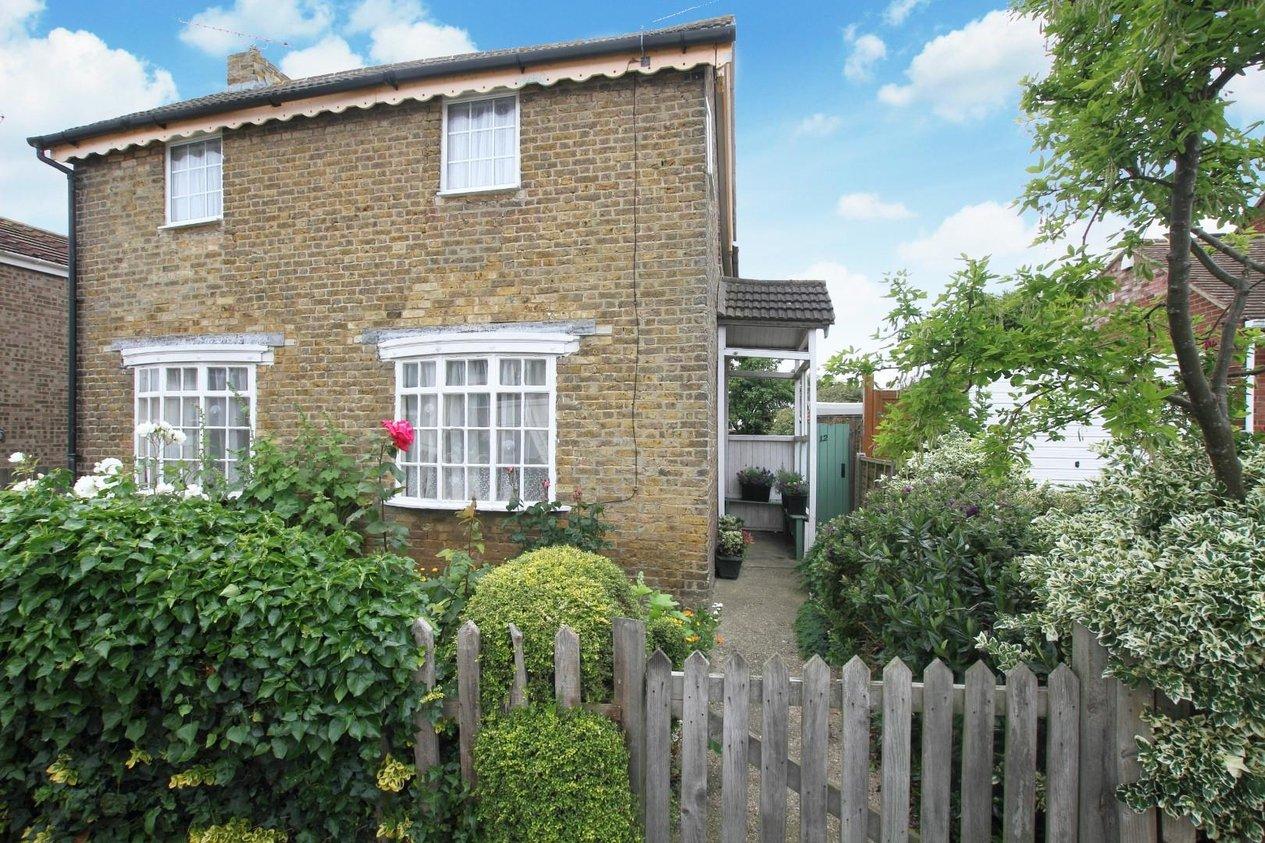 Properties For Sale in Crown Hill Road Hampton