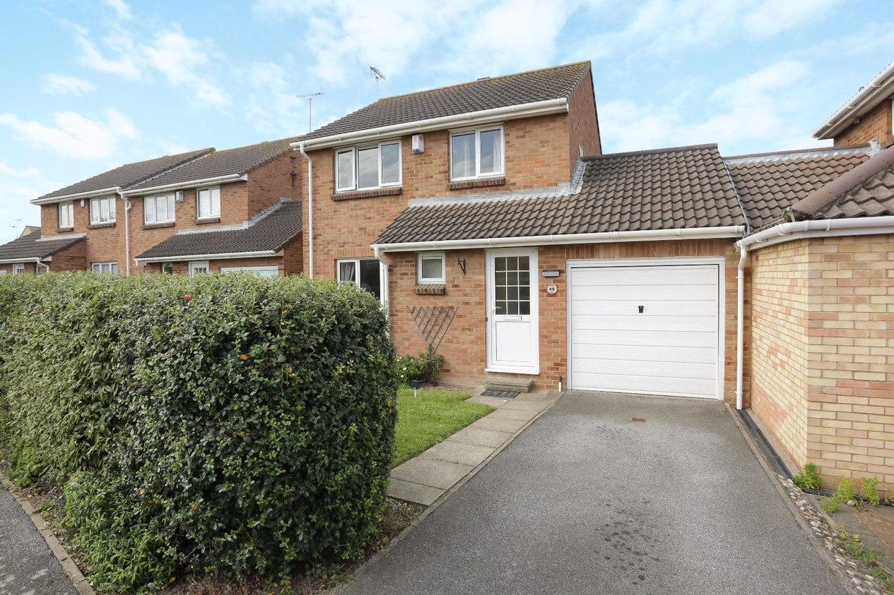 Properties For Sale in Crundale Way