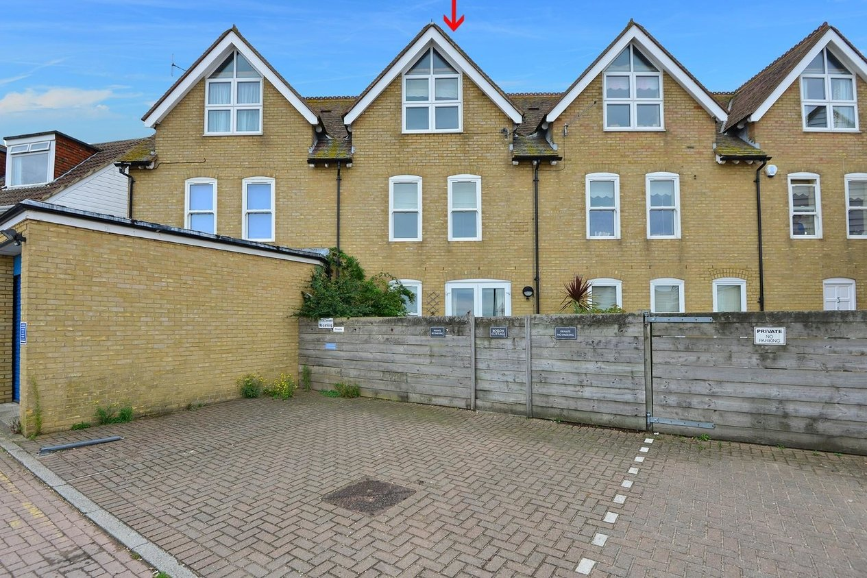 Properties Sold Subject To Contract in Cushings Walk