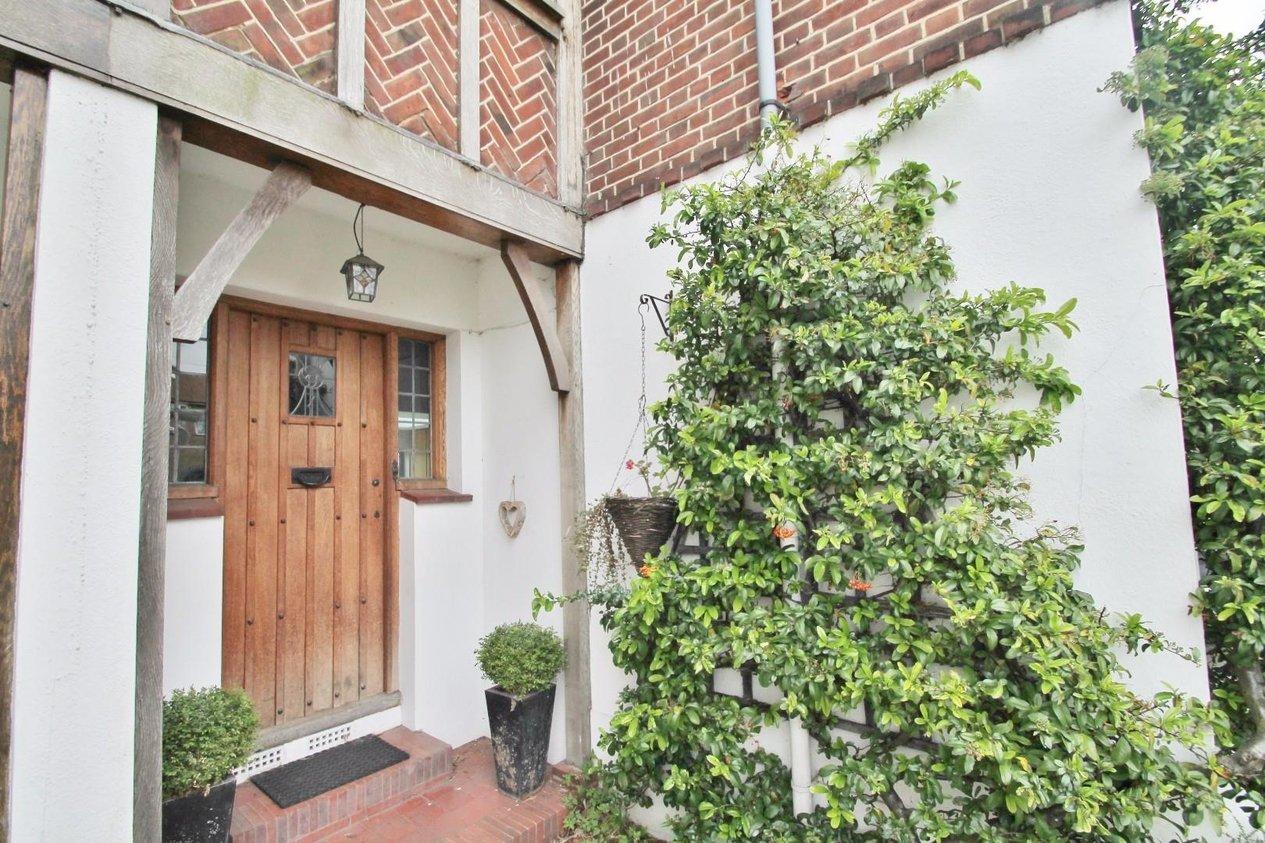 Properties Sold Subject To Contract in Dennis Road