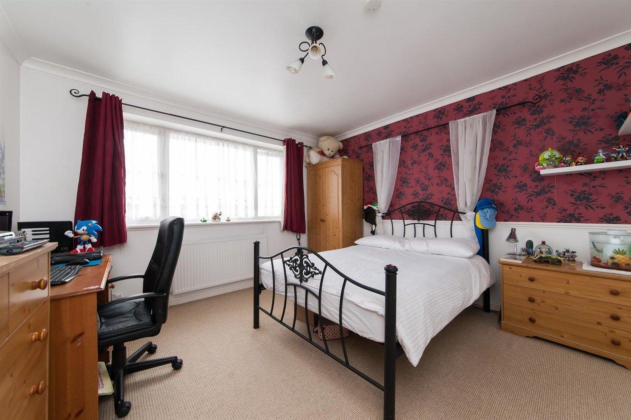 Properties Sold Subject To Contract in Devon Gardens
