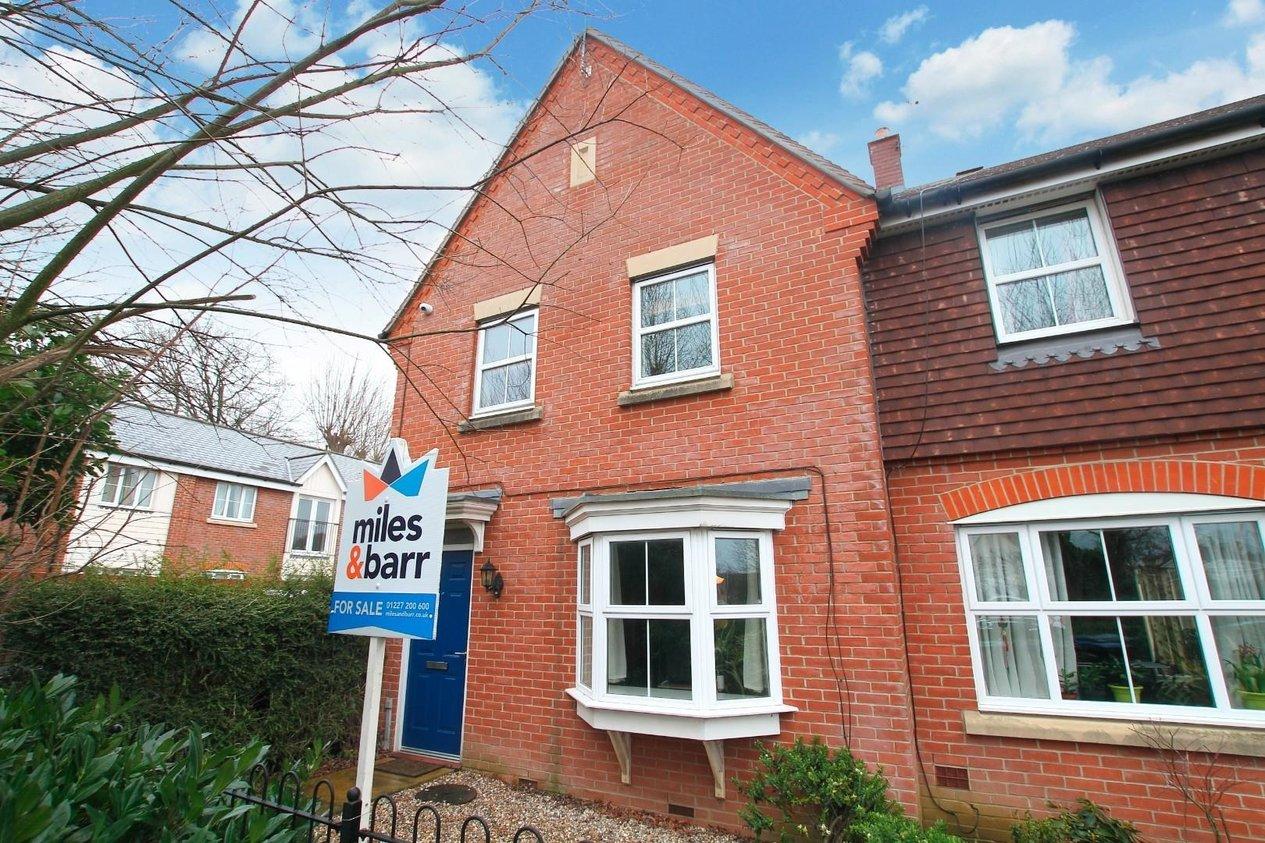 Properties For Sale in Dextor Close
