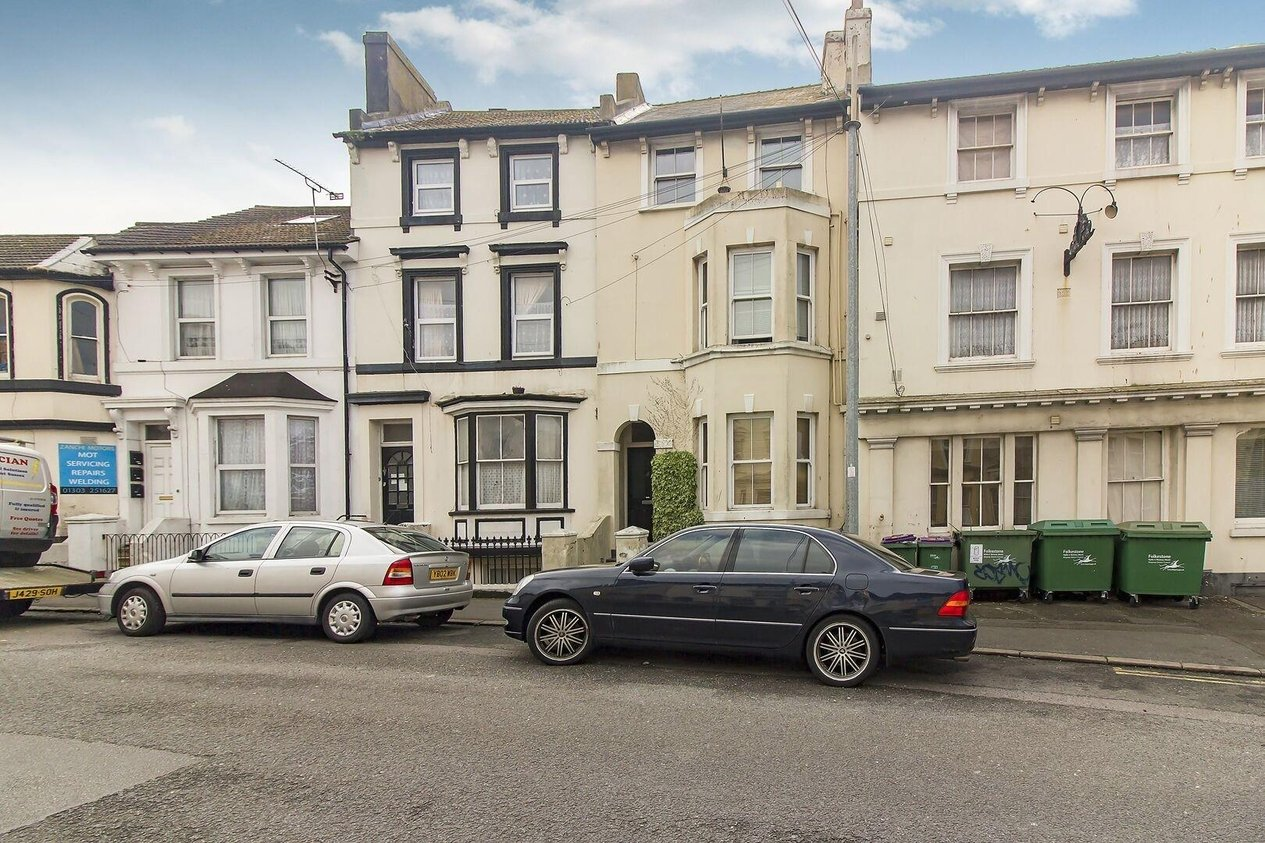 Properties Sold Subject To Contract in Dover Road