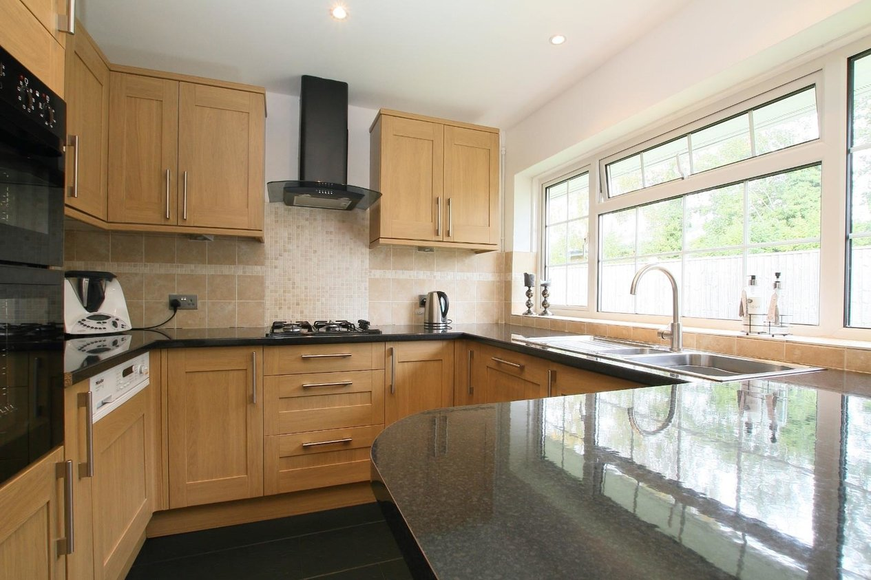 Properties Sold Subject To Contract in Dryden Close