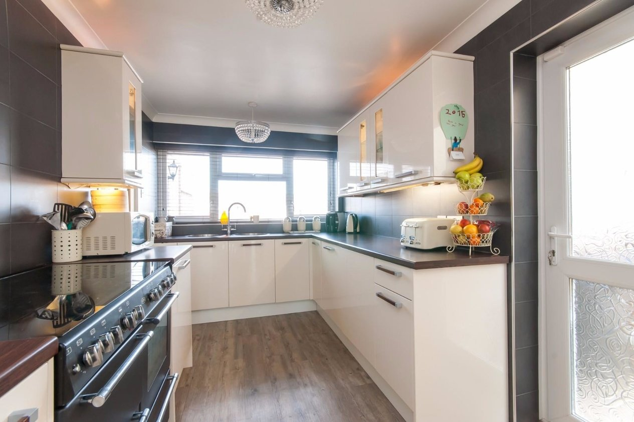Properties For Sale in Eastchurch Road Cliftonville