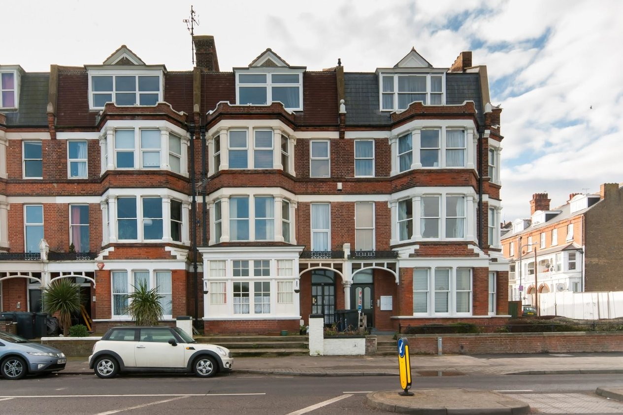 Properties For Sale in Eastern Esplanade Cliftonville