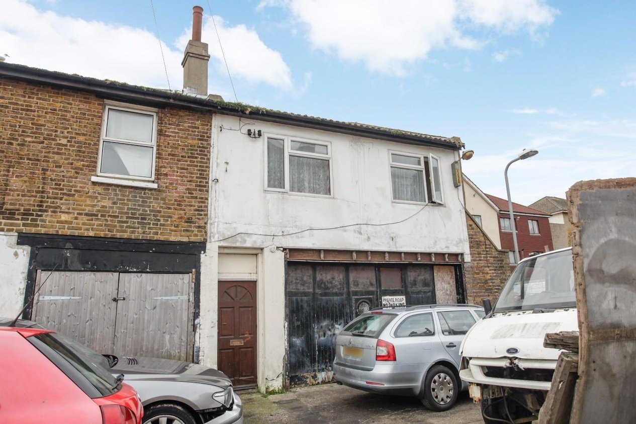 Properties Sold Subject To Contract in Cliftonville Mews Cliftonville