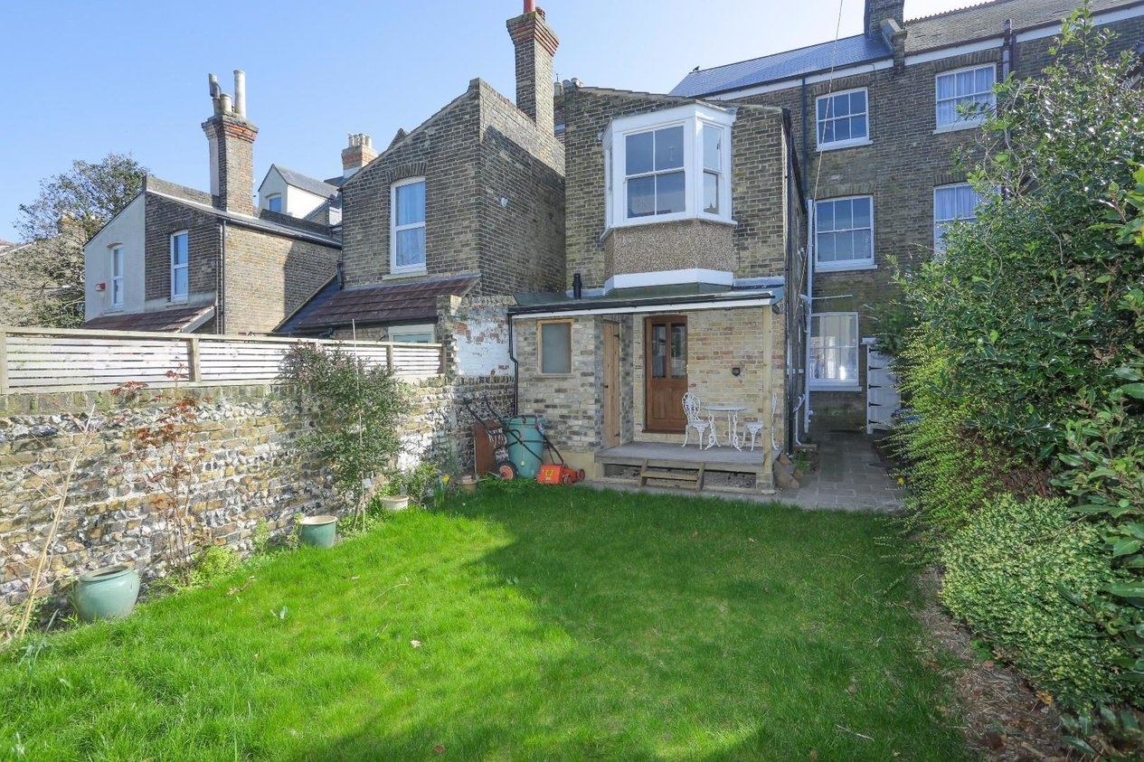 Properties For Sale in Edith Road