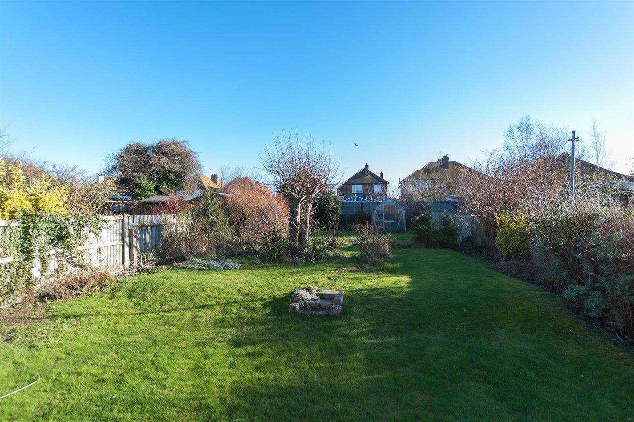 Properties For Sale in Edmanson Avenue
