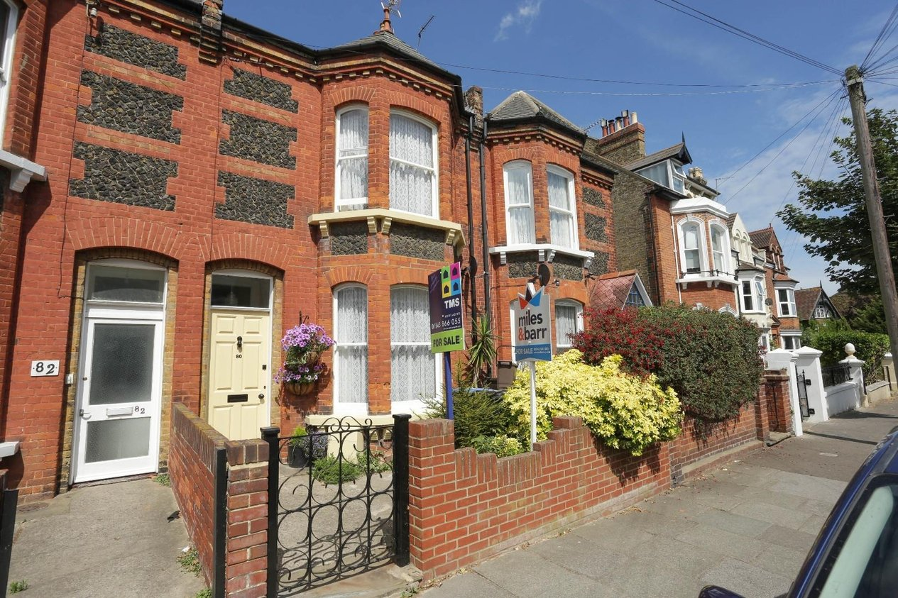 Properties For Sale in Ellington Road