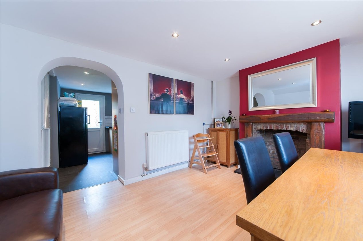 Properties Sold Subject To Contract in Essex Road